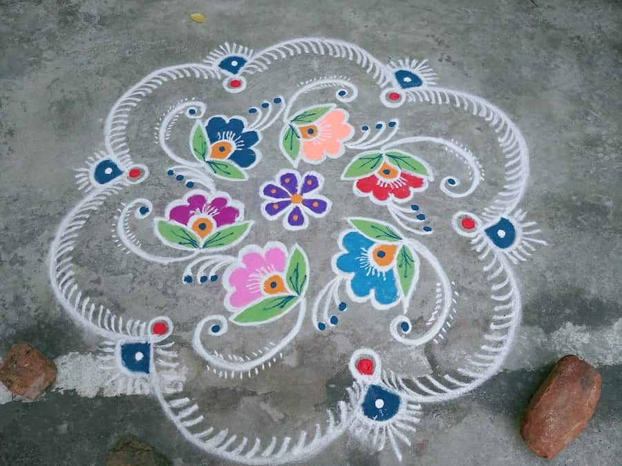 India-rice-painting